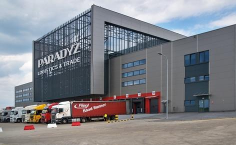 Mecalux wyposażył zlokalizowany w Tomaszowie Mazowieckim automatyczny magazyn samonośny o pojemności ponad 20 200 palet