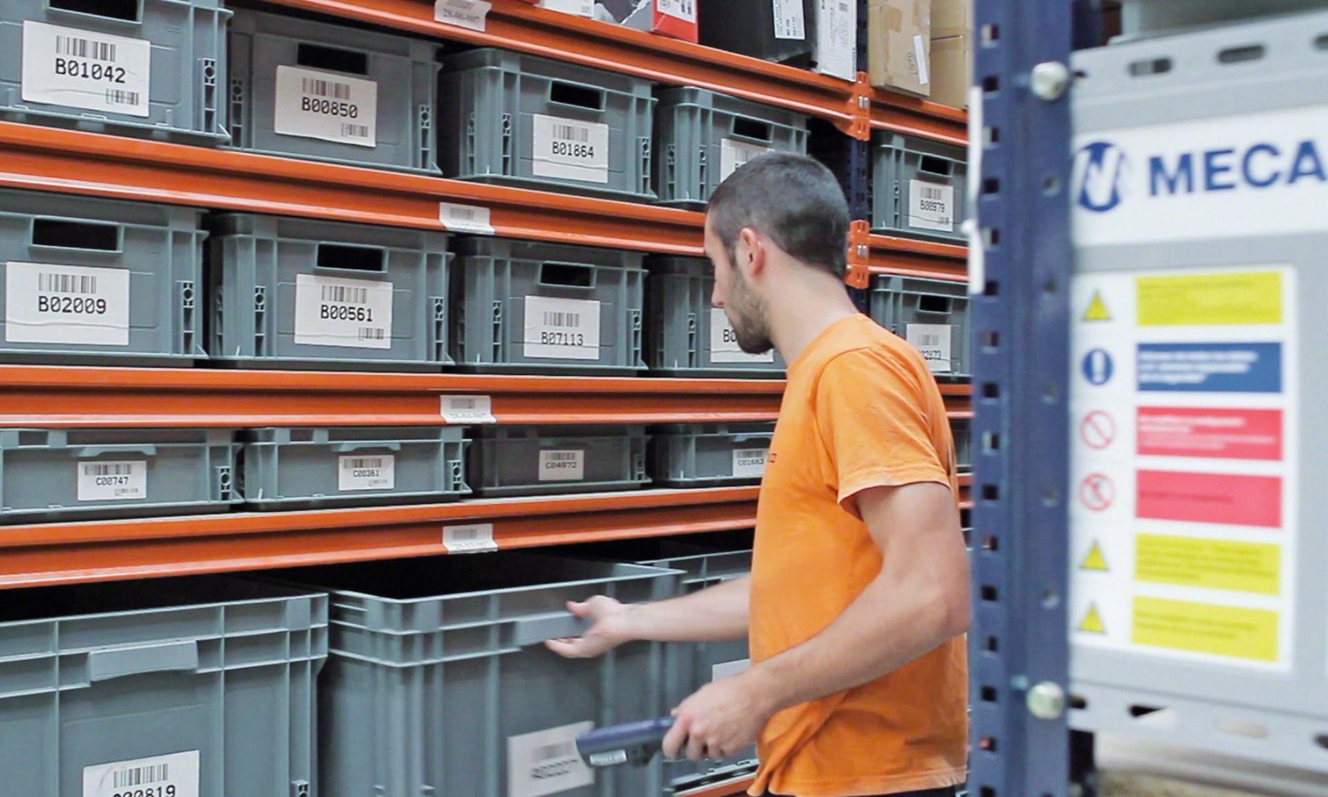 System Easy WMS wskazuje operatorowi miejsce, w którym znajdują się produkty wymagane do skompletowania zamówienia