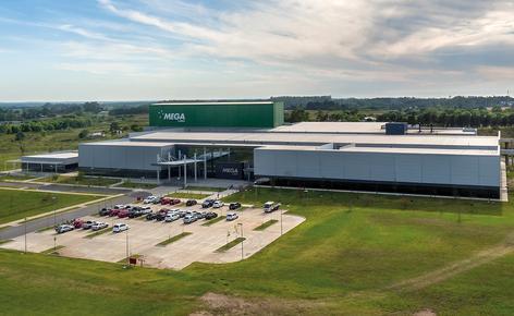 Mecalux zbudował dla firmy Mega Pharma automatyczny magazyn samonośny o pojemności magazynowej przekraczającej 6900 palet